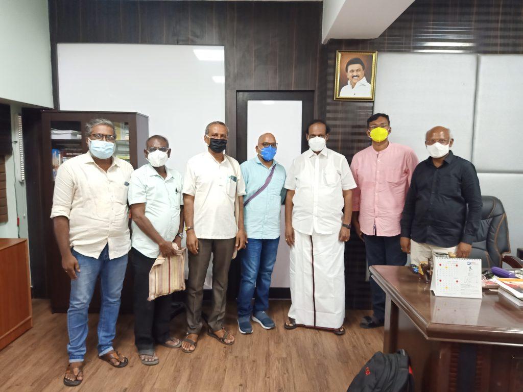 TNCWAA Office Barrers Meets Tamilnadu Textbook and Educational Services Corporation Chairman Dindigul I. Leoni